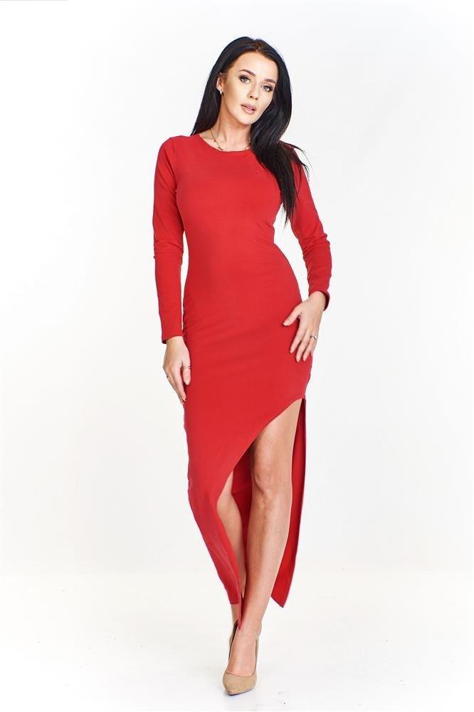 Dopasowana sukienka maxi z wyciętym przodem odsłaniającym nogi