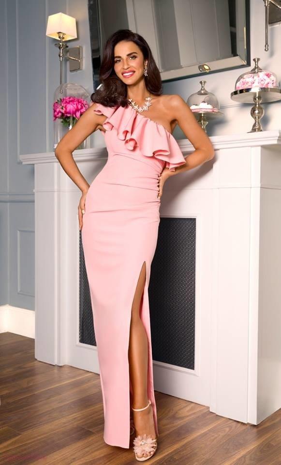 c4b993e571 Maya - sukienka na jedno ramię - puder pudrowy róż